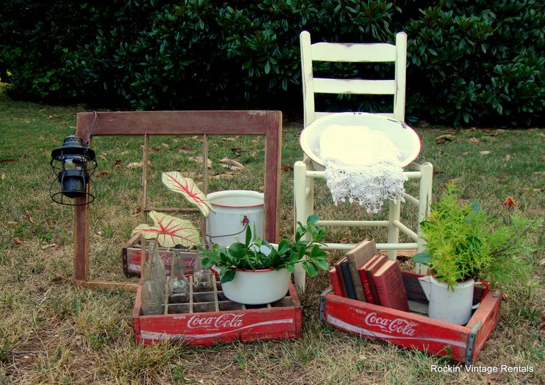 Old windows, coke crates, red and white enamelware, lanterns and more... This would look great...