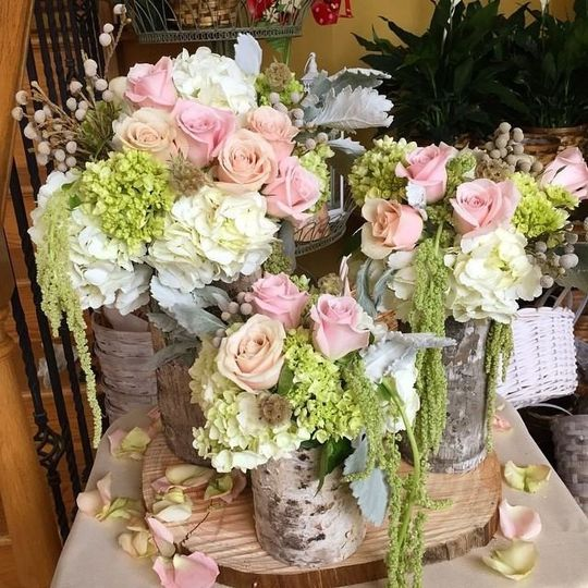Pink and white theme flowers