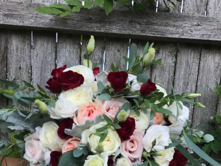 Tmx Img 4919 51 105807 157877427726745 Island Park, New York wedding florist