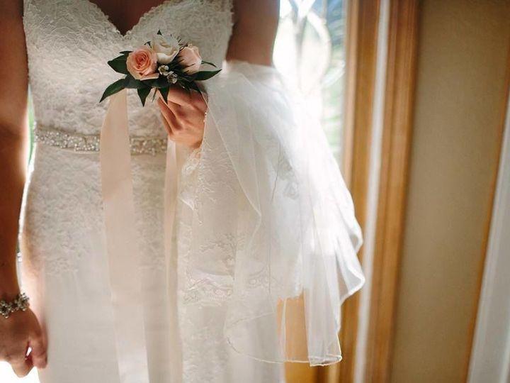Tmx 1522551537 525c73d75cc8348f 1522551536 E86327d7554fbdd9 1522551536924 6 23376604 504789953 Boscobel, WI wedding florist