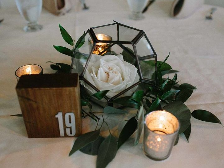 Tmx 1522551803 E92efb73a0812e3f 1522551802 D3de0e071ba4b6fc 1522551802772 6 23380050 504790213 Boscobel, WI wedding florist