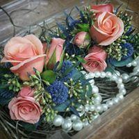 Tmx 1522551828 E63cc018f770cb95 1522551827 7aea952deae527e6 1522551827773 8 23316541 504794083 Boscobel, WI wedding florist