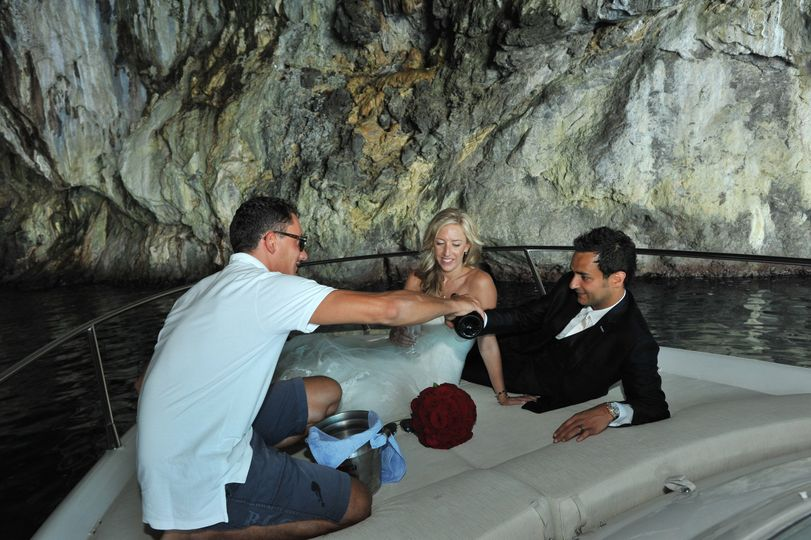 grotta pandora and prosecco for the bride and groo