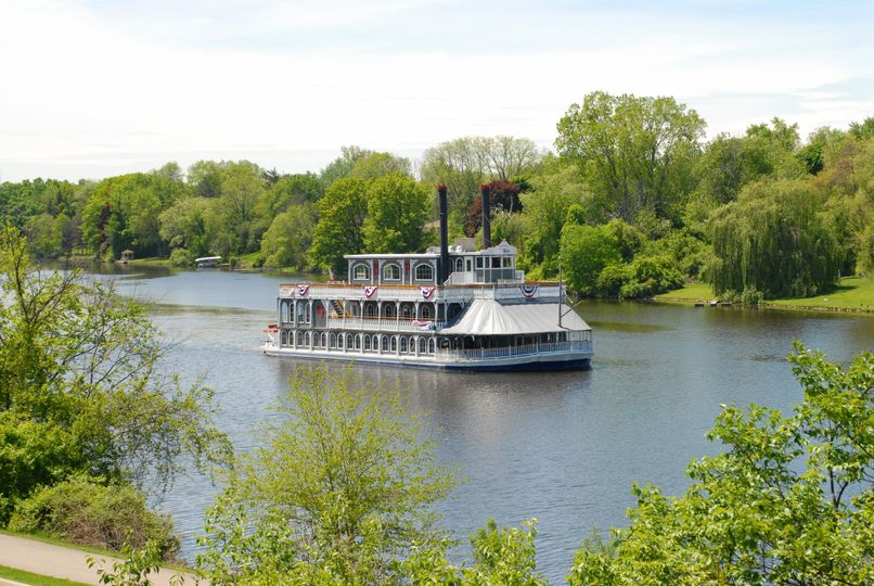 The boat on Grand River