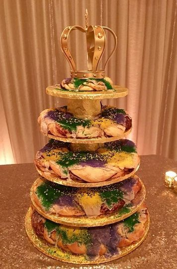 King cake groom's cake