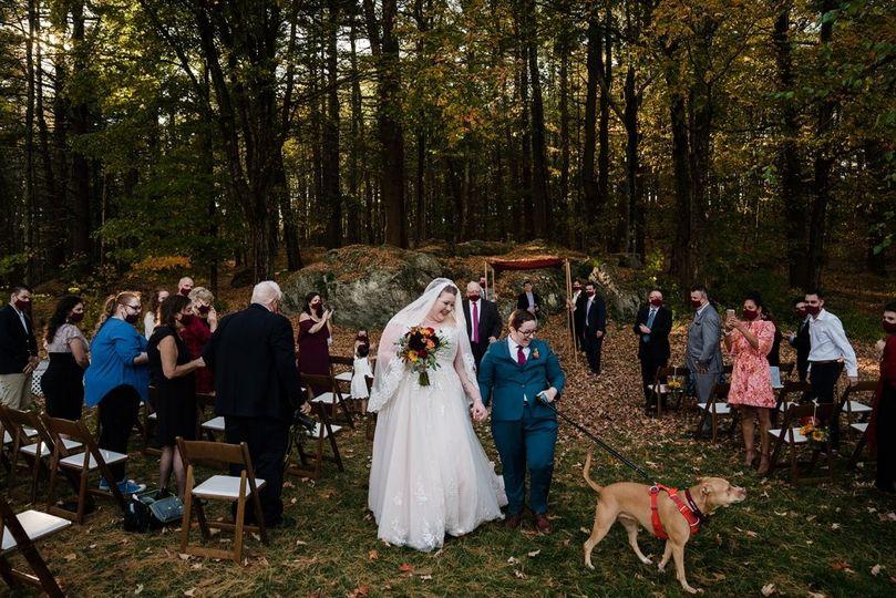 Pup-friendly ceremonies.