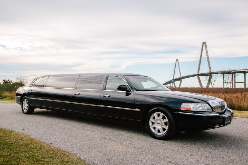 Lincoln Stretch Limo Exterior With 5th Door for Easy Access!