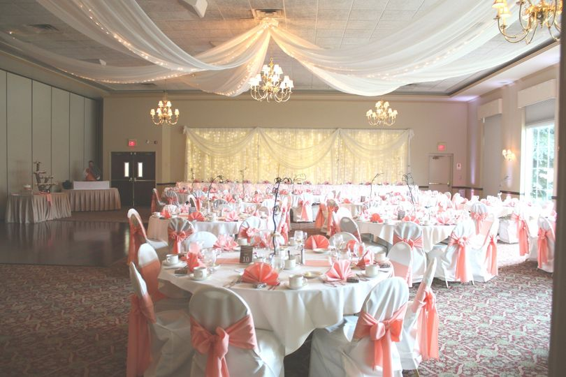 michael 39 s catering banquets venue hamburg ny weddingwire. Black Bedroom Furniture Sets. Home Design Ideas