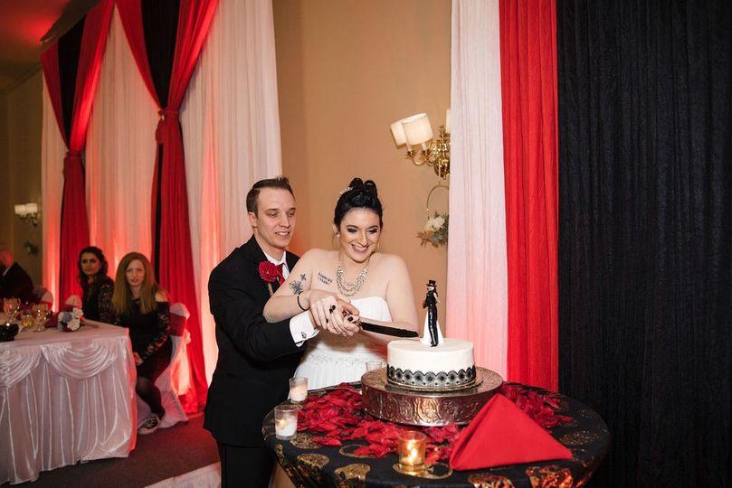 Red Extra Fun Wedding.