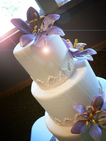 4-Tier Wedding Cake with Lilies