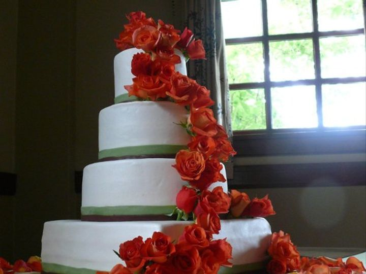 Tmx 1245272196338 4tRoses West Linn, OR wedding cake