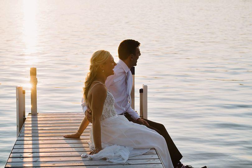 Wedding couple in the dock