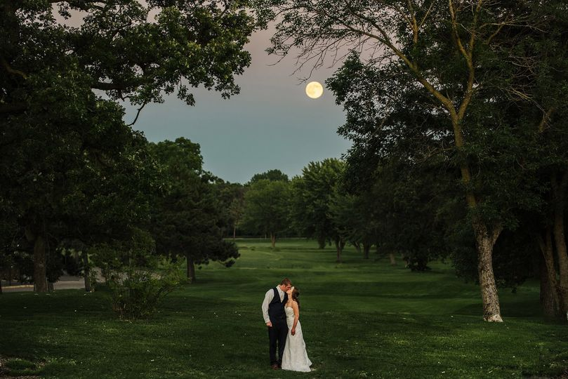 Wedding couple in the moonligh