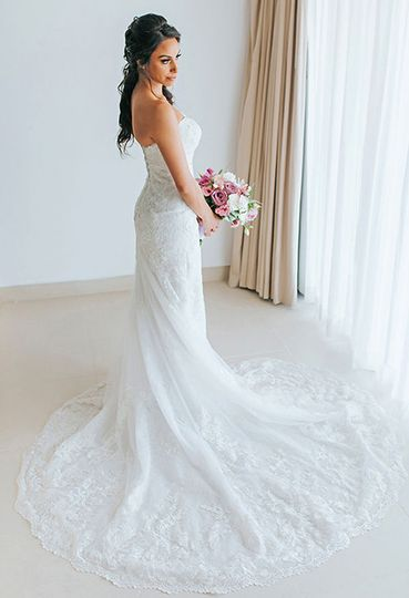 Lovely bride and bouquet