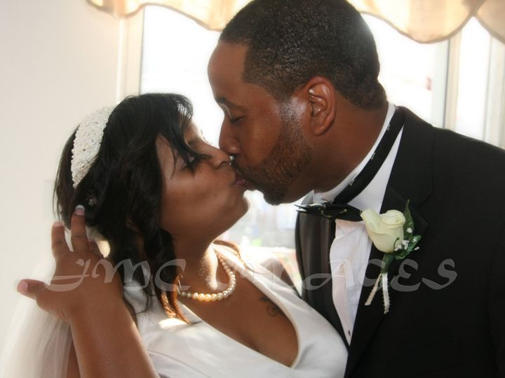 Tmx Img 6444 Edit Sign 51 1019907 Philadelphia, PA wedding photography