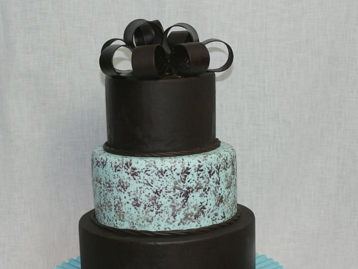 Tmx 1501716981473 Cidf5e333c0 9e1f 4429 Ba70 F28c49c180e4 New Baltimore, MI wedding cake