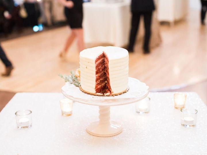 Tmx 1477417520171 Weddingcake20163 Iowa City, IA wedding catering