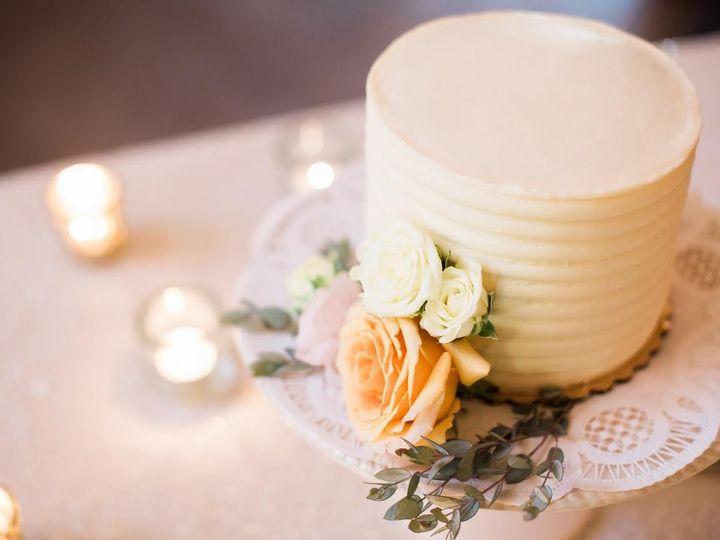 Tmx 1477417530703 Weddingcake20162 Iowa City, IA wedding catering
