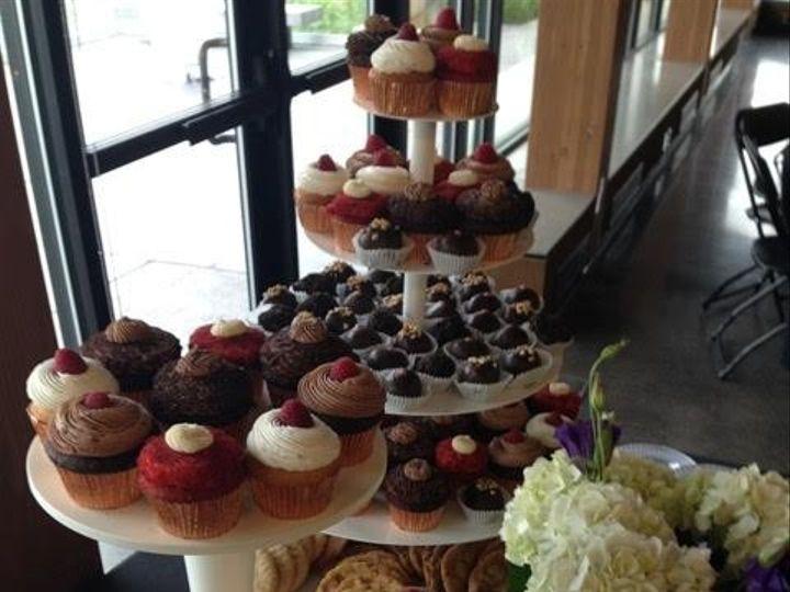 Tmx 1477422353924 Cupcaketowers Iowa City, IA wedding catering