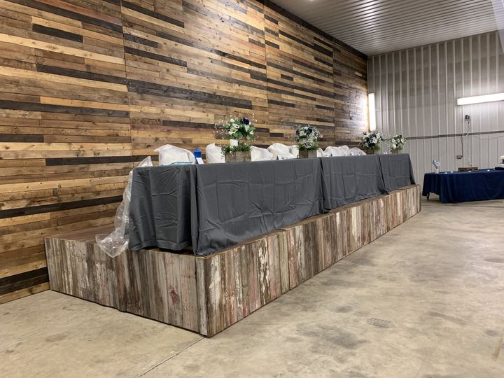 Front shed head table