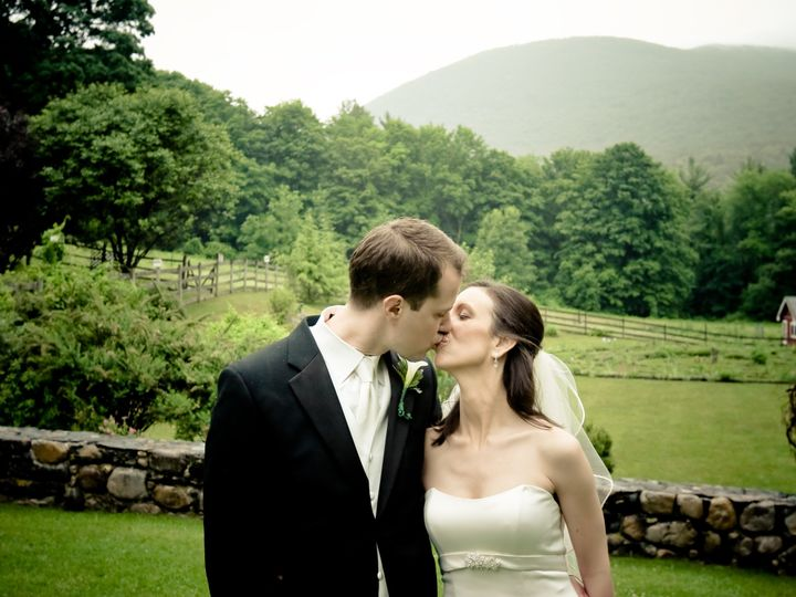 Tmx 1400516561409 Kiss Foggy Mountai Arlington, VT wedding venue