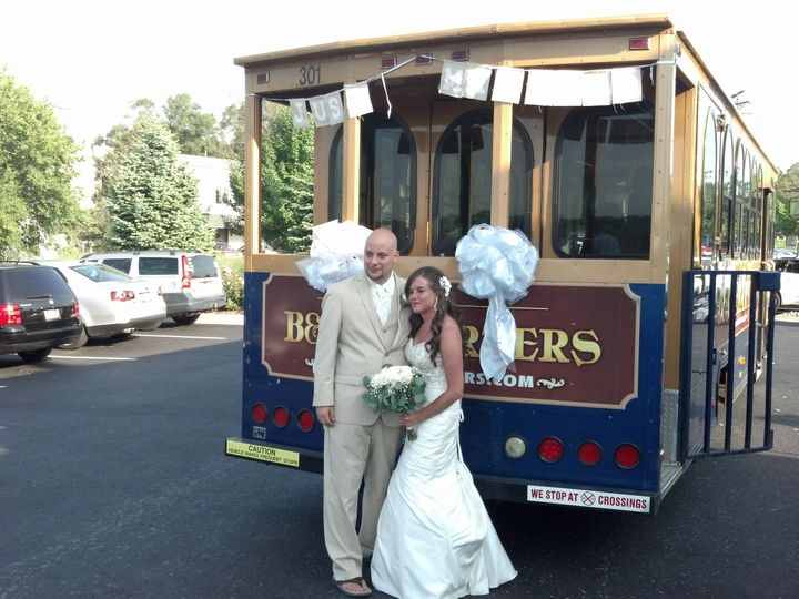 Newlyweds by the tram