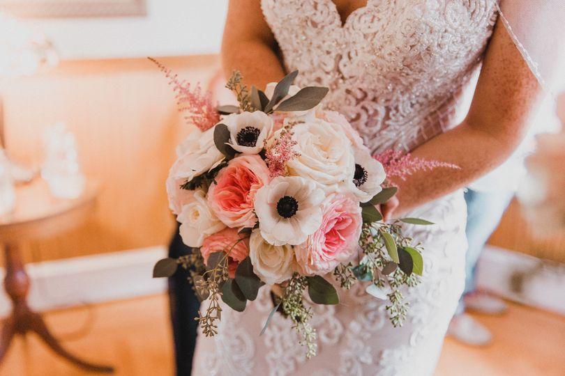 Gorgeous bridal bouquet - photo by JAS Weddings