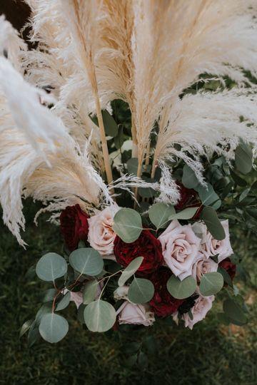 Wedding flowers - photo by Fidelio Photography