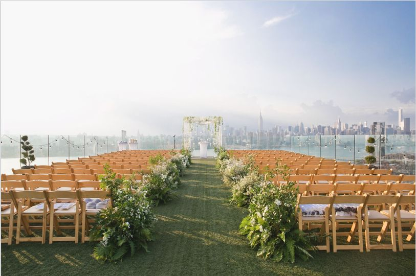 800x800 1510948002563 rooftop ceremony tilly gruber
