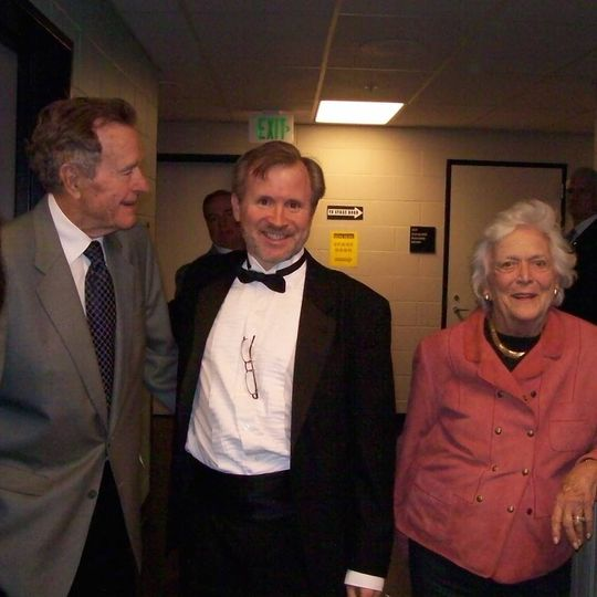 Chatting with Mr and Mrs Bush