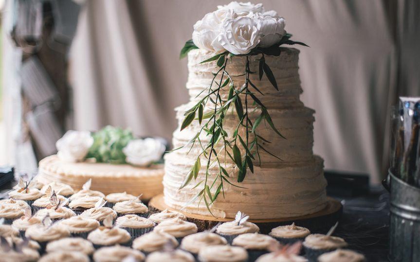Exquisite cake