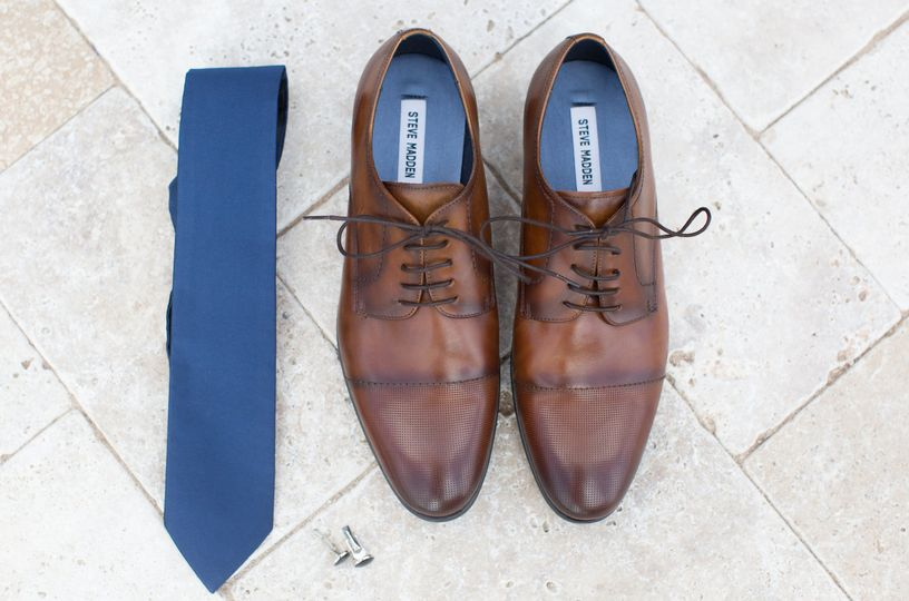 Shoes and tie