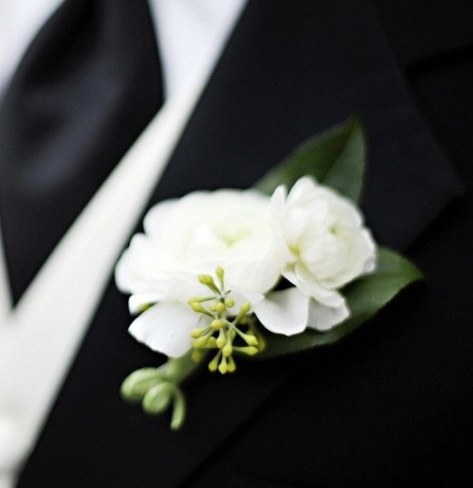 Designing bouquets for bride's and their bridal parties. A selection of styles and colors.