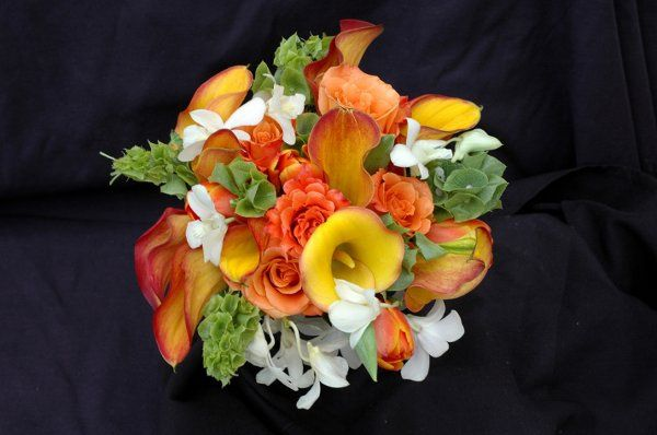 Artistic Flowers.. A Divine Floral & Chocolate Boutique