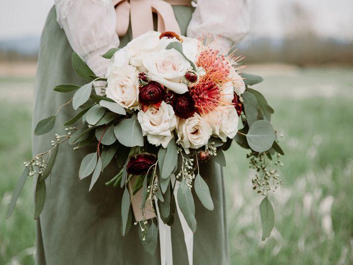 Tmx 1523417049 A5147bb24a357dee 1523417047 9b7602439f246bc4 1523417046709 20 IMG 9584 Bellingham, WA wedding florist