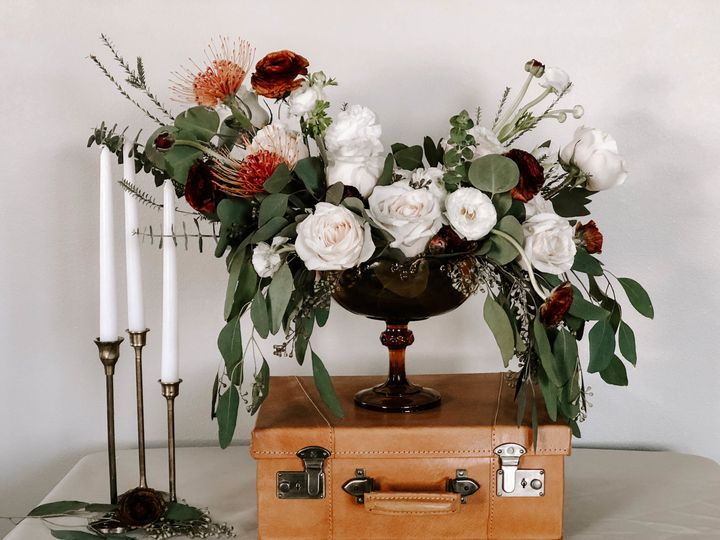 Tmx 1523418784 B2c1aa63401599da 1523418782 8b168edc32153076 1523418779069 1 IMG 9619 Bellingham, WA wedding florist