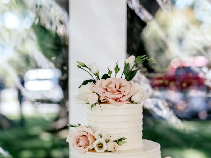 Tmx 1524269892 2ab7bdf16102cf38 1524269889 Bcd1e3b089af1c69 1524269881260 3 M V WED 409 Bellingham, WA wedding florist