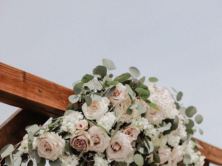 Tmx 1527989806 5e374aafbcebe098 1527989803 C23f224e5448d9f2 1527989794122 3 04E37881 CD25 4EA9 Bellingham, WA wedding florist