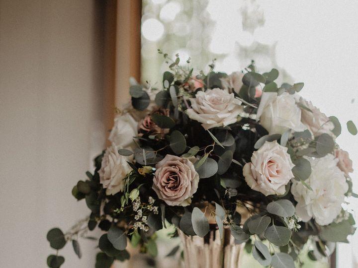 Tmx 1527989806 A0bac5615fef5a72 1527989803 A67bc3d3559145e6 1527989794122 4 4031996E 95AA 4F0C Bellingham, WA wedding florist