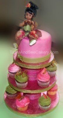 fairy of the earth cake with matching cupcakes