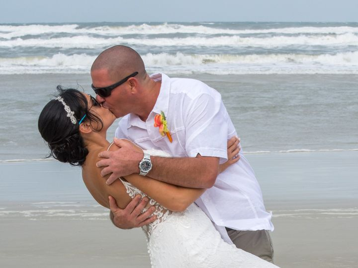 Tmx Nsbeachwedding 33 51 1663217 1565802141 New Smyrna Beach, FL wedding photography