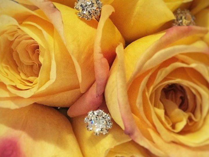 Tmx 1517885480 5faabc2d5d891562 1517885479 12b5119eb74e40a8 1517885483243 1 Yellow Roses Ffe Brooklyn, NY wedding planner