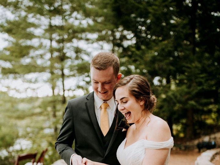 Tmx Kayandrobmeltataphotography894 51 1018217 160143565812321 Northwood, NH wedding cake