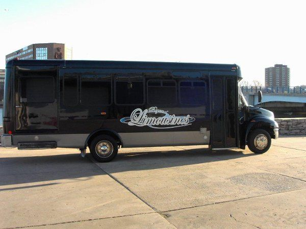 Tmx 1337790415140 MYDC0128 Oshkosh wedding transportation