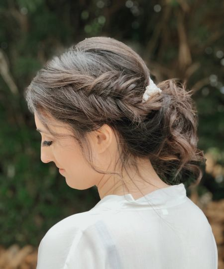 Elegant hair accessories