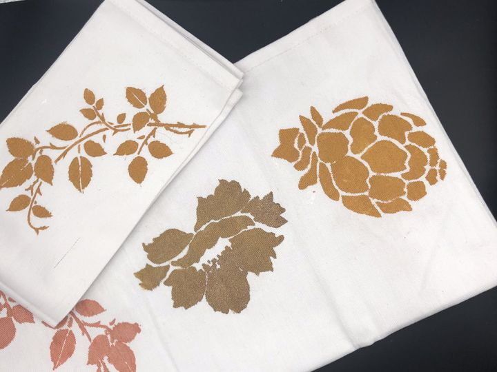 Gift: hand-painted napkins