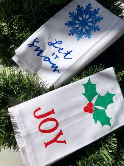Gift: seasonal napkins