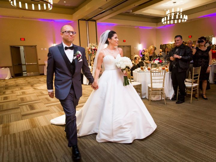 Tmx Img 8569 51 762317 1571899941 Visalia, CA wedding dj