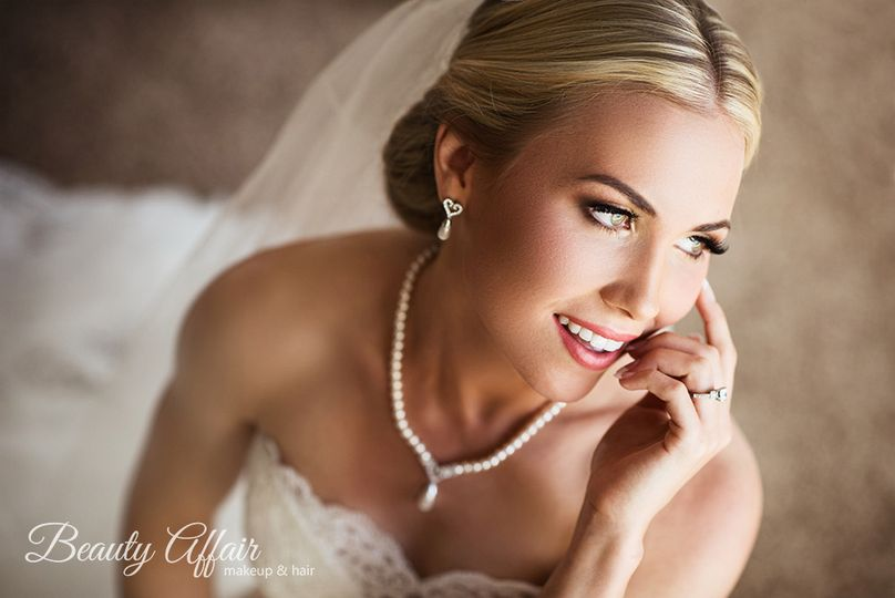 800x800 1443556328152 best bridal makeup artist and hairstylis agne skar