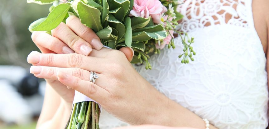 Bride ring and bouquet